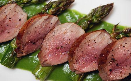 boar-asparagus-top