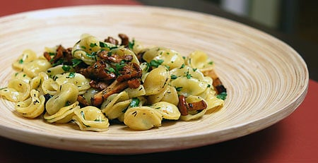 chanterelles with pasta
