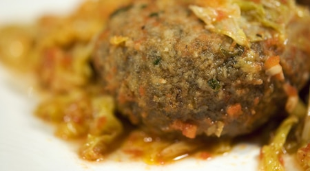 wild duck meatballs with stewed cabbage