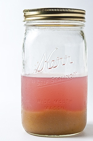 gooseberry pulp in jar