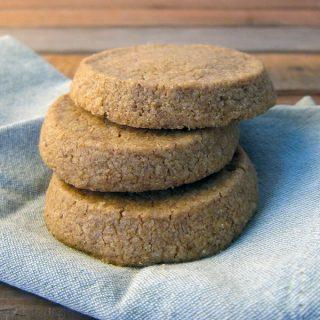 acorn shortbread cookies