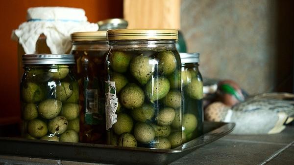 pickling walnuts