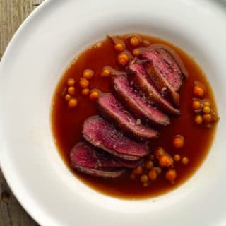 duck with beer sauce and currants recipe