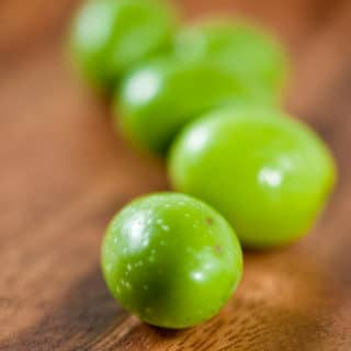 cured green olives