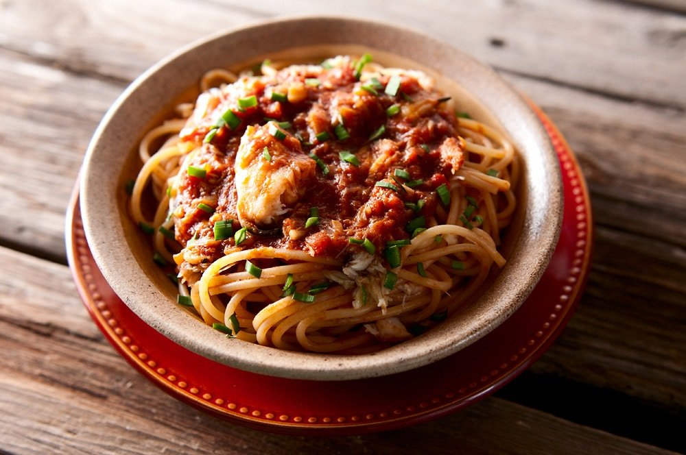 spaghetti with crab sauce