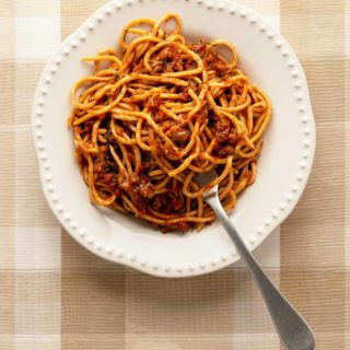 Meatless spaghetti sauce with pasta in a bowl
