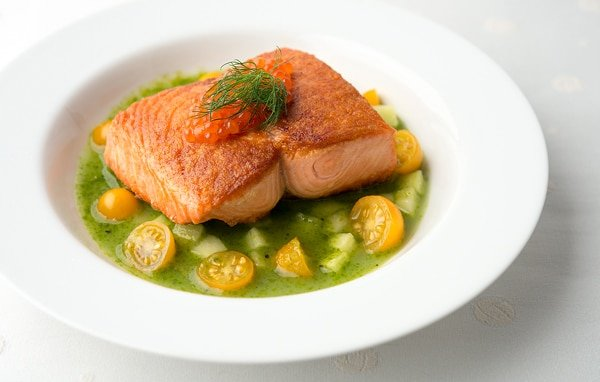 salmon with cucumber sauce recipe