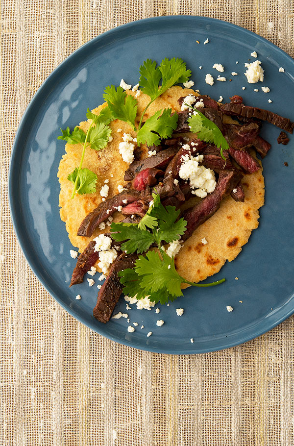 Grilled skirt steak tacos ready to eat