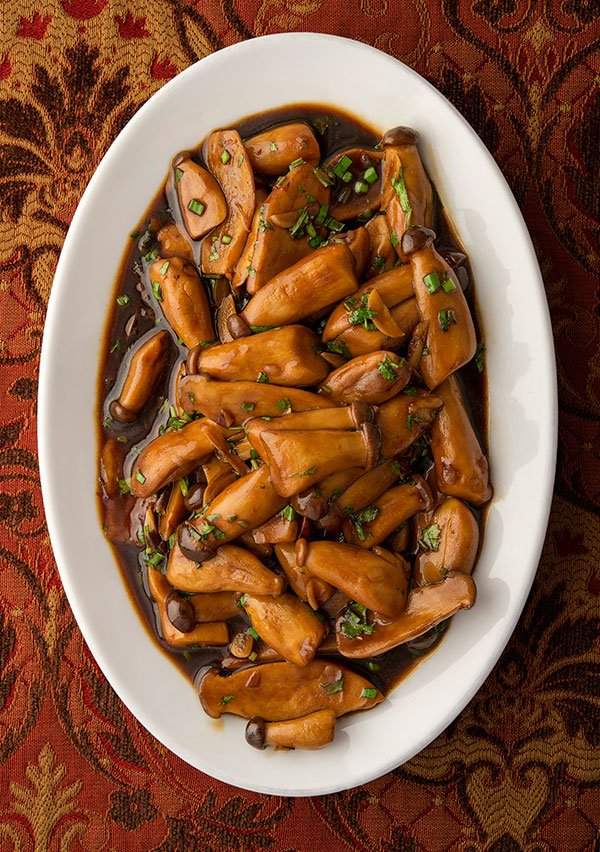 Chinese braised mushrooms ready to serve