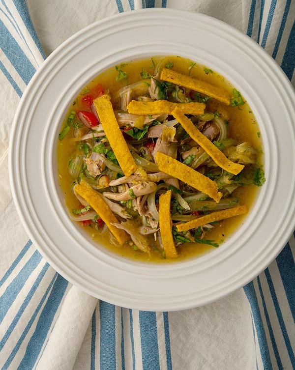 chachalaca sopa de lima in a bowl