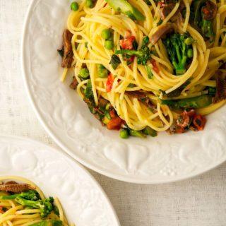A bowl of pasta primavera