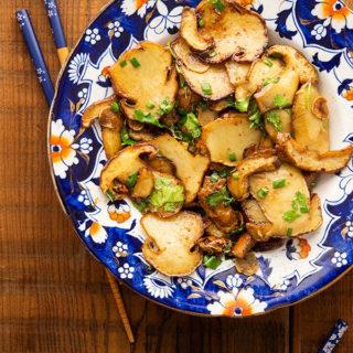 Mushroom stir fry in the bowl