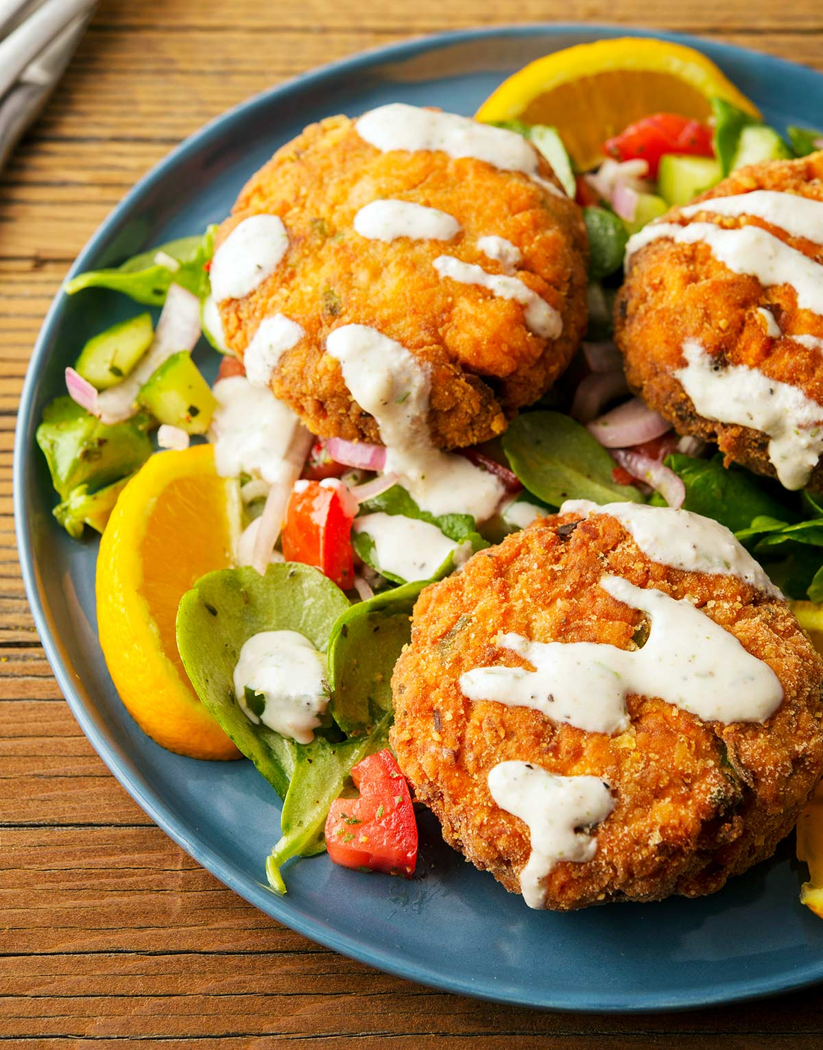 Closeup of a plate of salmon cakes