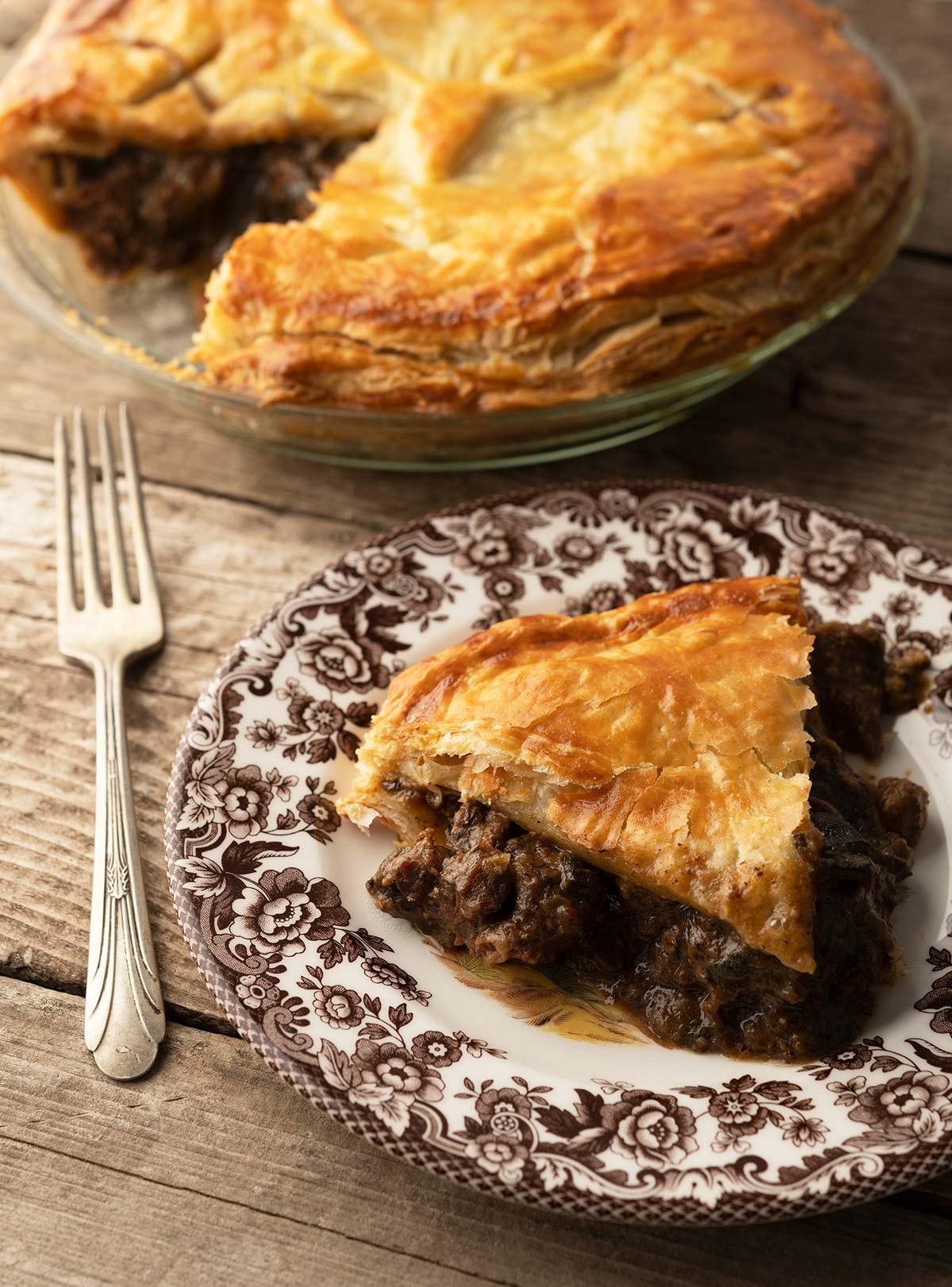 Venison and Kidney Pie Recipe - Steak and Kidney Pie ...